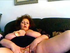 Teen fucking herself with hairbrush