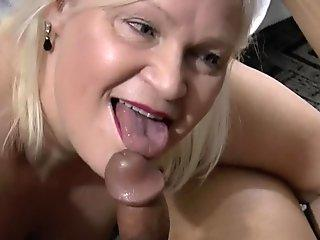 Mofos - Big Boody Vanessa's Sky Needs A Big Cock Inside
