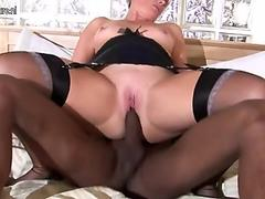 White mom fucking a big strapped black dude