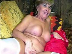 Big boobed Sara Jay bows down her head and swallow a hard meat cock