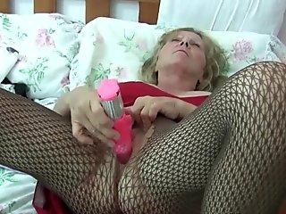 Caught 29 (Milf 4)