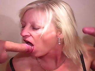 Stevie and Ravenz91, deepthroat and bareback cock riding