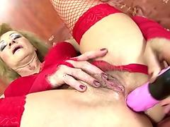 BACKROOMCASTING KATE AKA SOLEDAD ANGLADA SUCKS AND GETS ASS FUCKED IN HER PORN DEBUT