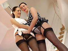 Pussylicking uk milf seduces young babe