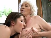 21Sextreme nubile is Muff-Diving Granny's box