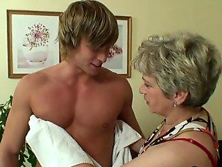RIM4K. Jennifer surprises her man with outstanding rimming in the shower room