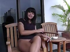 Latina's poolside pounding