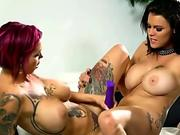 Peta Jensen with big-titted inked girlfriend are satisfying one another