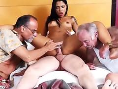 German chick gives blowjobs on pissing cocks