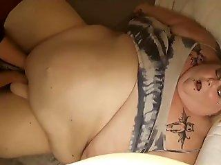 Mature sluts gets screwed in a gang bang orgy