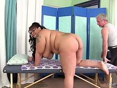 Asian BBW Miss LingLing Massage and Toys