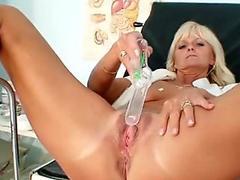 Mature Frantiska pussy gaping in nurse uniform at clini