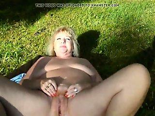 Busty Latina Shemale Blowing Off Fat Cock