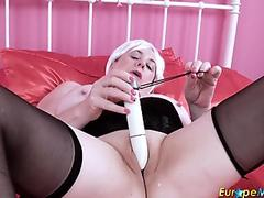 EuropeMaturE Busty British Mature Lady Solo Play