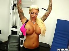 Lolly Ink Gives a POV Blowjob During Workout