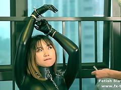 fx-tube.com bondage leather catsuit gal on single gloves