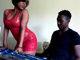 Big Ass African Amateur Fucked On Table