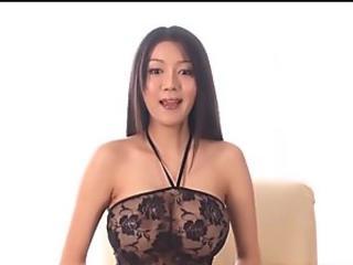 Pretty lady Has Bigboobs