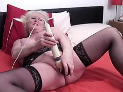 Stepdaughter Strokes My Cock To Keep A Secret