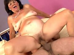 Streaming porn Wife showering
