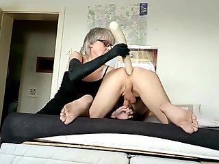 Hot stimuLating Blondeee doll teasing