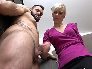 4.3% German blond in rubber