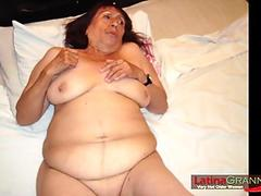 Oriental playgirl analized during reverse bang