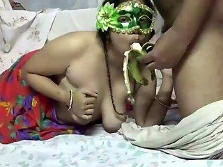 Neglected Indian Bengali Bhabhi Velamma Sensual Blowjob