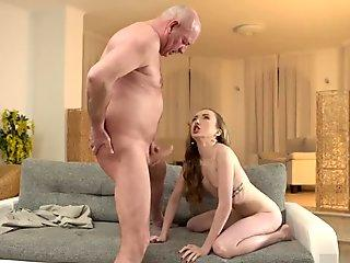 Do The Wife - Wives Blowing Fat Black Dongs Next to Cuckolds Compilation 3