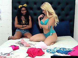 Black Beauty Jenna Foxx Tongue Fucks Blonde Asian Cristi Ann