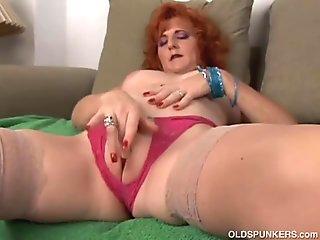 Faikiuilias scorching titties