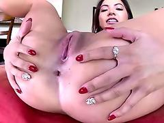 Free Surreal lesbian sex with Jezebelle and Leya