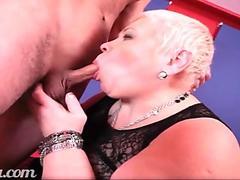 Stripper Sarah takes a hefty schlong from a customer